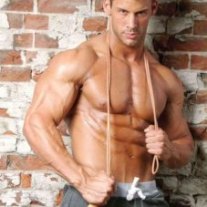 justin woltering fitness model
